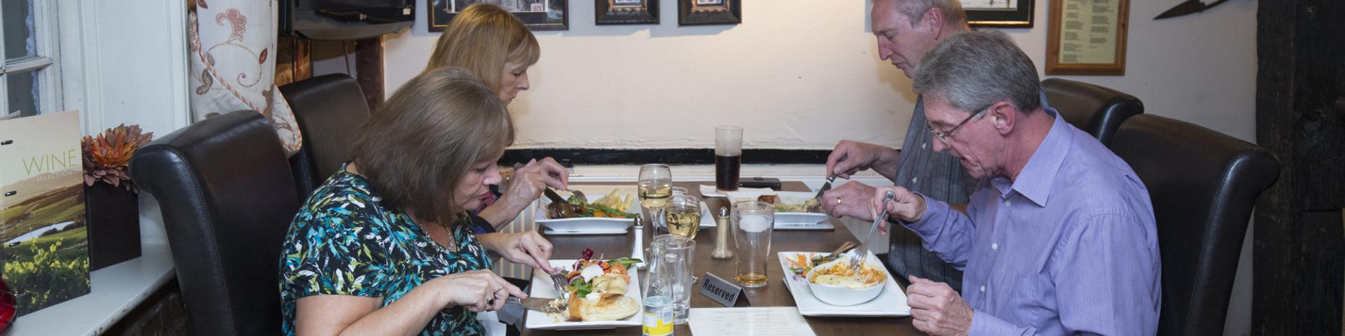 Food and Drink at The Woolpack Inn Yalding